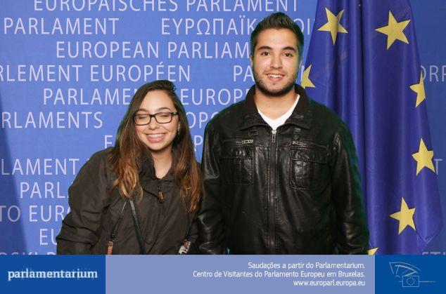 nossa foto no Parlamento, saí em todas de olho fechado :(